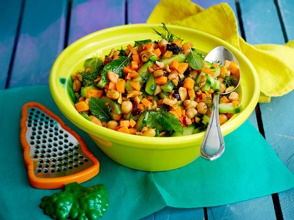 Möhren-Gurken-Salat Rezept