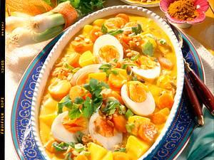Möhren-Kartoffel-Curry mit Eiern Rezept