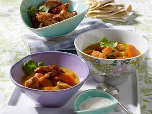 Möhren-Kokos-Curry mit knusprigen Putenstreifen Rezept