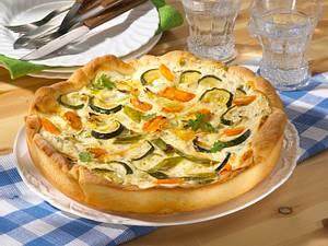 Möhren-Zucchini-Quark-Quiche (Diabetiker) Rezept
