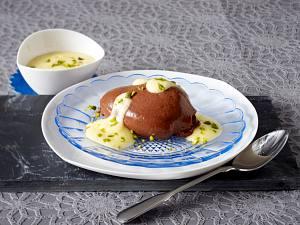 Mousse au chocolat mit Pistazien-Sabayon Rezept