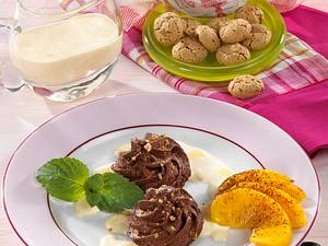 Mousse au chocolat zu Eierlikör-Crème-Fraîche-Soße Rezept