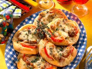 Mozzarella-Mett-Brötchen Rezept