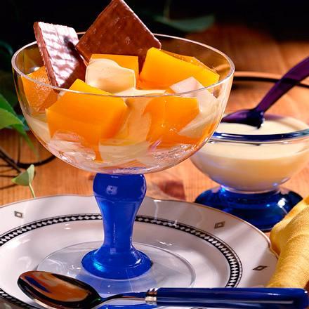Multivitamin-Gelee mit Vanillesoße Rezept