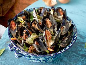 Muscheln in Weißweinsud Rezept