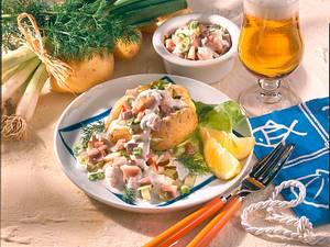 Neue Kartoffeln gefüllt mit Matjessalat Rezept