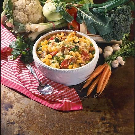 Nudel-Gemüseauflauf mit Käsesoße Rezept