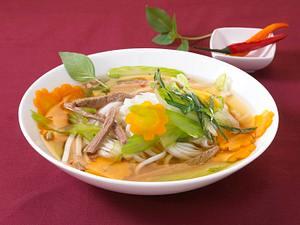 Nudeleintopf Bangkok Rezept