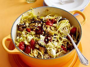 Nudeln mit Feta-Pesto Rezept
