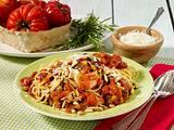 Nudeln mit frischer Tomatensoße Rezept