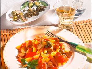 Nudeln mit Tomaten-Kapernsoße Rezept