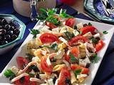 Nudelsalat mit Schinken und Mozzarella Rezept