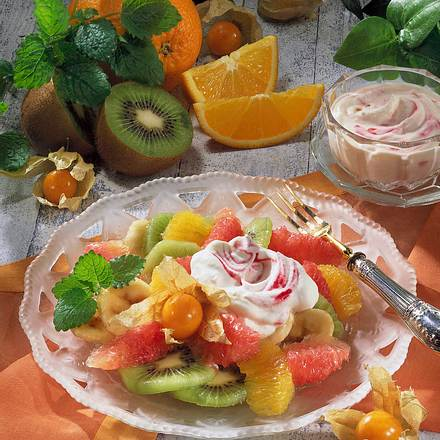 Obstteller mit Himbeer-Schmand Rezept