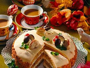 Österliche Nuß-Sahne-Torte Rezept