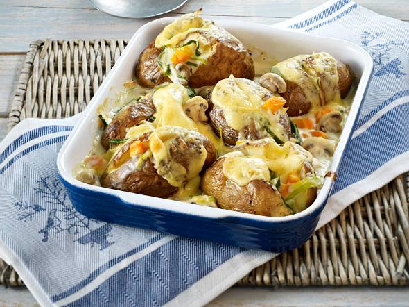Ofenkartoffeln mit Porree-Pilz-Rahm Rezept
