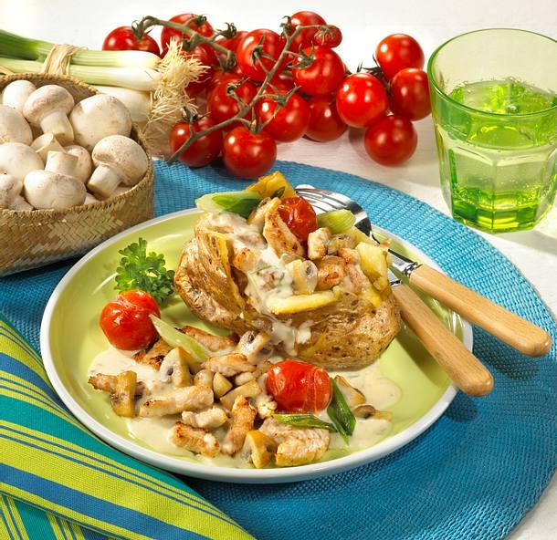 Ofenkartoffeln mit Putengeschnetzeltem Rezept