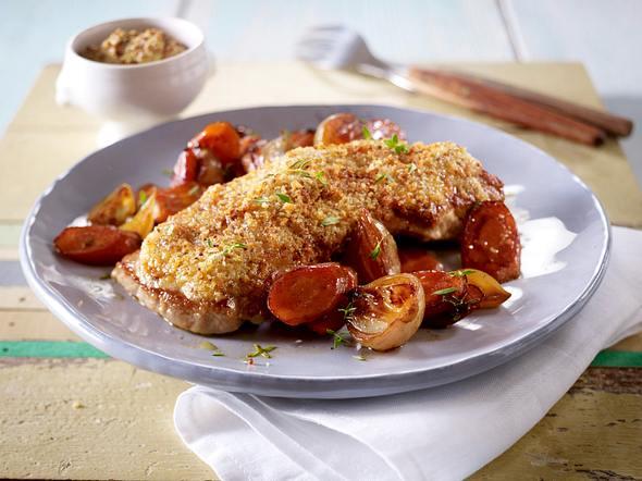 Ofenschnitzel mit Senfkruste und Balsamico-Karotten Rezept