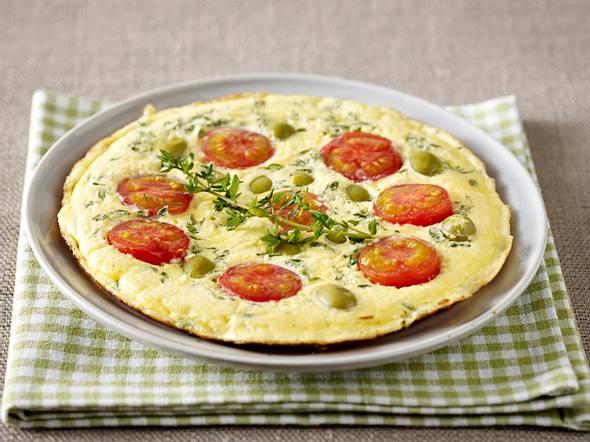 Omelett mit Tomaten, Oliven und Thymian Rezept
