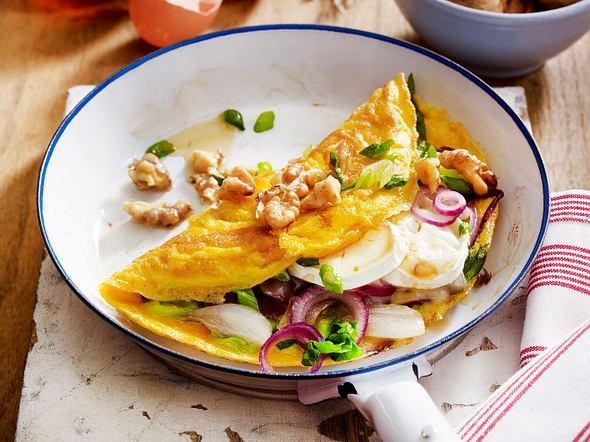 Omelett mit Ziegenkäse und Walnüssen Rezept