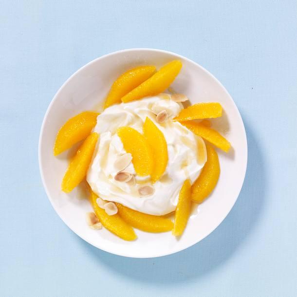 Orangen-Quark-Creme mit Mandeln Rezept