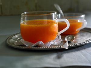 Orangenfruchtgelee mit Aperol und Vanillejoghurt Rezept