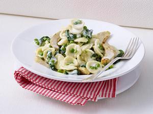 Orecchiette alla Verdura (Nudeln in Gorgonzolasoße) Rezept