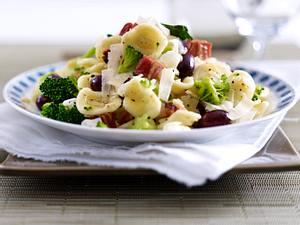 Orecchiette mit Broccoli und Oliven Rezept