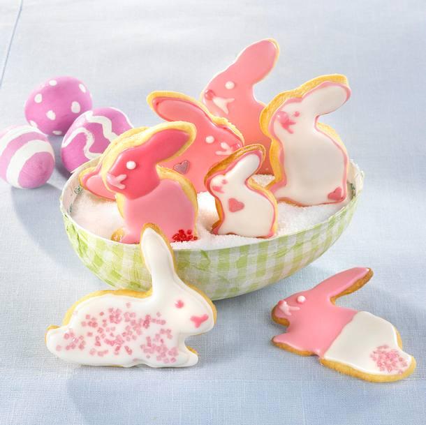 osterhasen kekse in pink rezept lecker. Black Bedroom Furniture Sets. Home Design Ideas