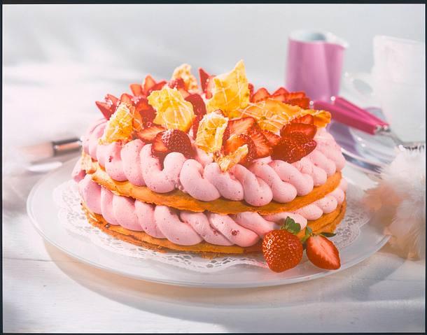 Ostertorte mit Erdbeercreme Rezept