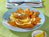 Paniertes Putenschnitzel mit Möhrengemüse Rezept