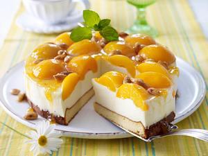 Panna Cotta-Torte mit Pfirsichen Rezept