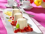 Panna Cotta zu Campari-Erdbeeren Rezept