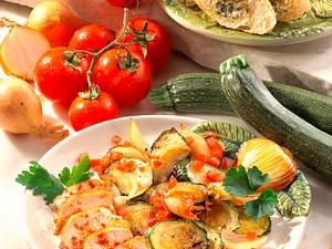 Paprika-Hähnchenfilet mit Zucchinigemüse (für 1 Person) Rezept