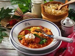 Paprika-Kraut-Suppe mit Krakauer Rezept