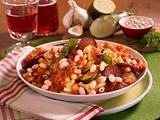 Pasta mit weißen Bohnen und Tomatensoße Rezept
