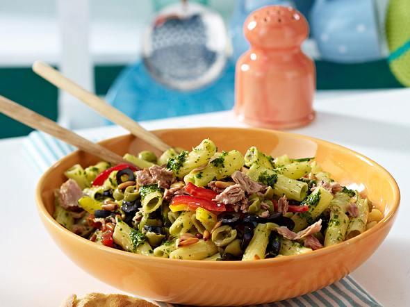 Pastasalat mit Salsaverde und Thunfisch Rezept