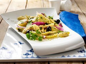 Pastinaken-Kartoffel-Salat mit Petersilienpesto Rezept