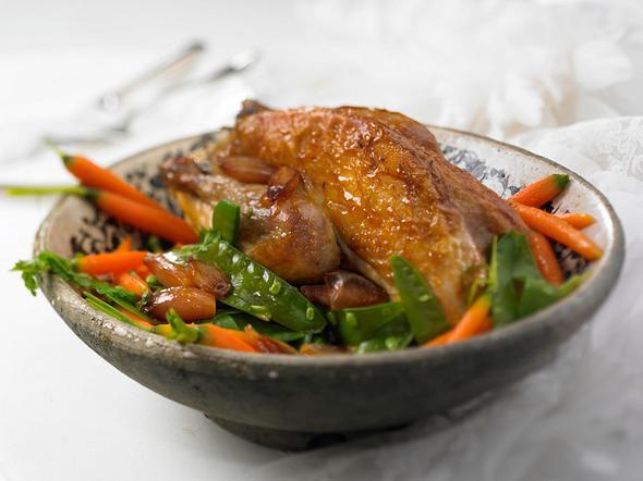Perlhühner mit Karamel-Gemüse Rezept