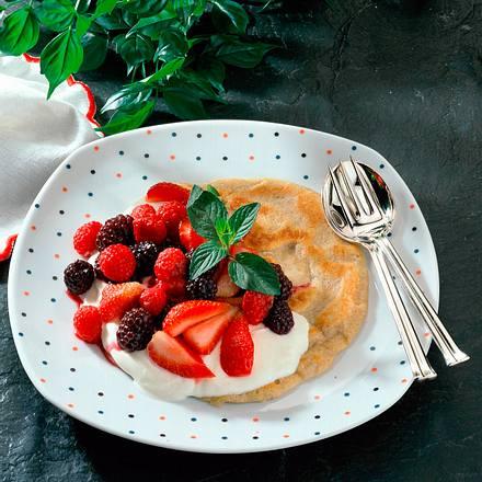 Pfannkuchen mit gemischten Beeren Rezept