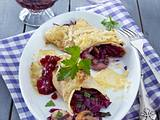 Pfannkuchenröllchen mit Rotkohl-Pilzfüllung Rezept