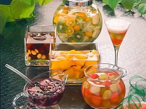 Pfirsiche in Likör Rezept