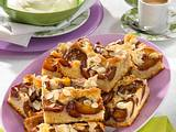 Pflaumen-Blechkuchen auf Marzipan-Rührteig Rezept