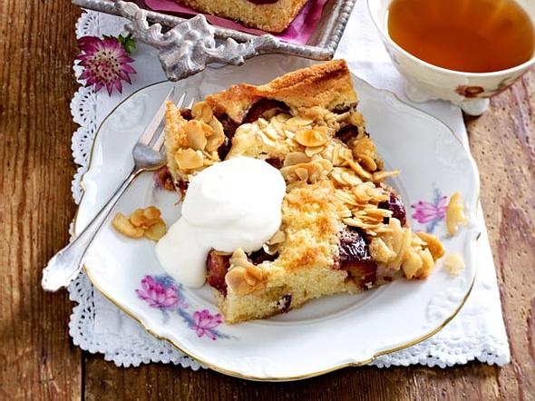 Pflaumen-Kuchen vom Blech Rezept