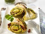 Pikante Franzbrötchen mit Pesto und getrockneten Tomaten +3 Varianten Rezept