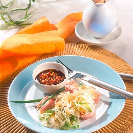 Pikanter Sauerkraut-Salat Rezept
