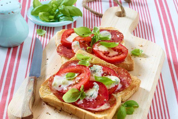 Pizza-Crostini Rezept