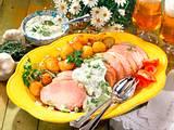 Pochiertes Kasseler mit Gurken-Dip und Röstkartoff Rezept