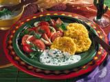 Polentapuffer mit Tomatensalat und Kefir-Soße Rezept