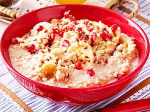Porridge mit Granatapfel und Leinsamen Rezept