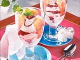 Preiselbeer-Löffelbiskuit-Trifle Rezept